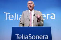 <p>Le directeur général de TeliaSonera, Lars Nyberg. L'opérateur de télécommunications scandinave annonce le lancement d'offres d'achat en numéraire destinées aux actionnaires minoritaires de ses filiales des pays baltes Eesti Telekom et TEO LT, pour un montant global de 4,89 milliards de couronnes suédoises (486 millions d'euros). /Photo prise le 24 juillet 2009/REUTERS/Britta Pedersen/Scanpix</p>