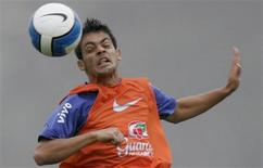 <p>Volante Josué, em foto de arquivo, foi cortado da seleção brasileira com Argentina e Chile após lesão no joelho direito. REUTERS/Bruno Domingos</p>