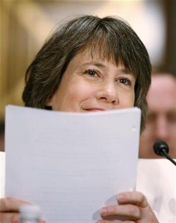 FDIC Chairwoman Sheila Bair is pictured during testimony to the Senate Banking Committee on Capitol Hill, July 23, 2009. REUTERS/Larry Downing
