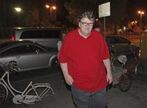 <p>Il regista Usa Michael Moore al suo arrivo al Festival del Cinema di Venezia. REUTERS/Manuel Silvestri</p>