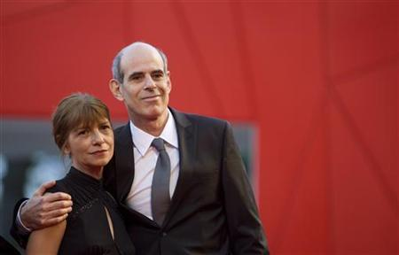 Director Samuel Maoz arrives with his wife at Palazzo del Cinema during the closing ceremony of the 66th Venice Film Festival September 12, 2009. REUTERS/Alessandro Bianchi