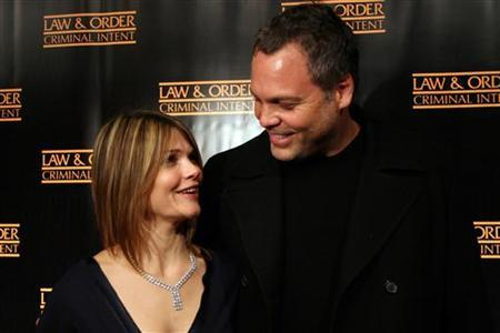 Actor Vincent D'Onofrio and actress Kathryn Erbe arrive at celebrations for the 100th episode of the TV series ''Law and Order: Criminal Intent'' in New York January 11, 2006. REUTERS/Erin Siegal