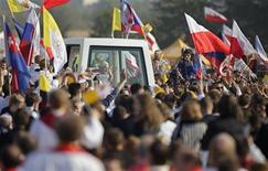 <p>Papa Benedetto XVI a Stara Boleslav. REUTERS/Max Rossi</p>