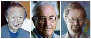 <p>На фото представлены обладатели Нобелевской премии 2009 года в области физики, церемония вручения которой состаялась 6 октября 2009 года в Шведской королевской академии наук. Слева направо: Чарльз Као, Уиллард Бойл и Джордж Смит. Нобелевская премия 2009 года в области физики присуждена Чарльзу Као, Уилларду Бойлу и Джорджу Смиту за исследования волоконной оптики и полупроводников, сообщил нобелевский комитет во вторник. REUTERS/Scanpix</p>