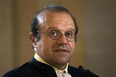 "<p>Herve Temime, lawyer of Polish-born film director Roman Polanski, is seen at the trial, called the ""Clearstream Affair"", at the courthouse in Paris on September 29, 2009. REUTERS/Charles Platiau</p>"