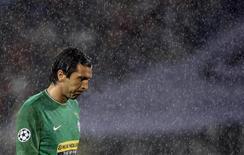 <p>Buffon ieri alla fine della partita. REUTERS/Stefano Rellandini (ITALY SPORT SOCCER)</p>