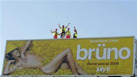 """<p>Un poster di """"Bruno"""", negli Usa flop preannunciato dai commenti sul web. REUTERS</p>"""