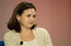 <p>Sheryl Sandberg, Direttrice operativa di Facebook in una foto d'archivio. REUTERS/Kimberly White</p>
