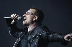 <p>Il cantante e leader degli U2 Bono. REUTERS/Gary Hershorn</p>