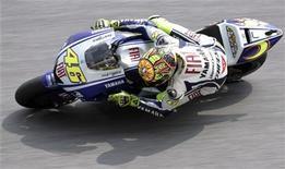 <p>Moto Gp, Rossi in pole al Gran Premio di Malaysia. REUTERS/Bazuki Muhammad</p>
