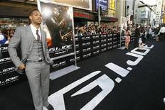 "<p>Cast member Marlon Wayans poses at the premiere of the movie ""G.I. Joe: The Rise of Cobra"" at the Grauman's Chinese theatre in Hollywood, California August 6, 2009. REUTERS/Mario Anzuoni</p>"