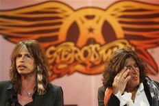 <p>Steven Tyler e Joe Perry degli Aerosmith in una immagine di archivio. REUTERS/Lucas Jackson</p>
