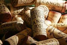 <p>Corks of Chateau Canon red wine (First great wine of Saint Emilion) are stored in a cellar in Saint Emilion, southwestern France, in this November 6, 2007 file photo. REUTERS/Regis Duvignau/Files</p>