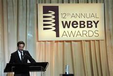 <p>Immagine d'archivio di una premiazione dei Webby Awards. REUTERS/Eric Thayer (UNITED STATES)</p>
