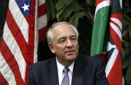 Stephen Rapp, U.S. ambassador-at-large for war crimes issues, addresses a news conference in Kenya's capital Nairobi, November 16, 2009. REUTERS/Thomas Mukoya