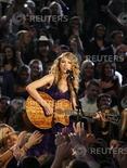 <p>Taylor Swift in concerto. REUTERS</p>