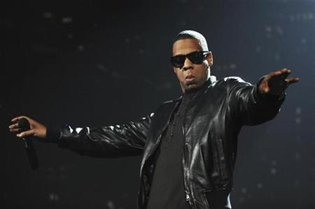 Jay-Z performs during the MTV Europe Awards ceremony in Berlin, November 5, 2009. REUTERS/Pool