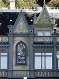 <p>The Magic Castle is seen as preparations continue for the 81st Academy Awards in Hollywood, California February 18, 2009. REUTERS/Danny Moloshok</p>