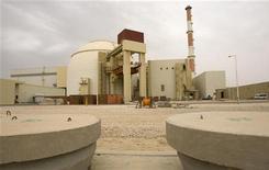 <p>Ядерный реактор на заводе по обогащению урана в Бушере, Иран 25 февраля 2009 года. Подавляющее большинство членов совета управляющих Международного агентства по атомной энергии (МАГАТЭ) проголосовало в пятницу за принятие резолюции, требующей от Ирана немедленно прекратить работы по строительству завода по обогащению урана, информацию о котором он скрывал долгие годы. REUTERS/Caren Firouz</p>