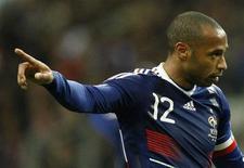 <p>Atacante da França Thierry Henry durante partida contra a Irlanda pela repescagem para a Copa do Mundo de 2010 REUTERS/Benoit Tessier</p>
