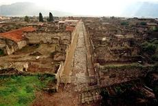 <p>Una veduta del sito archeologico di Pompei. REUTERS/Mario Laporta</p>