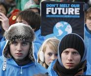 <p>Una immagine del corteo dei manifestanti a Copenaghen. REUTERS/Bob Strong (DENMARK - Tags: ENVIRONMENT CIVIL UNREST)</p>