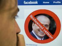 <p>Uno dei gruppi di Facebook incriminati per aver incitato alla violenza. REUTERS/Chris Helgren</p>