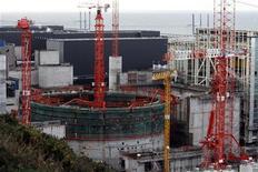 <p>Un'immagine del reattore nucleare di Flamanville, in Francia. REUTERS/Stephane Mahe</p>