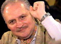 """<p>Ильич Рамирес Санчес, больше изестный как Карлос """"Шакал"""" в суде в Париже 28 ноября 2000 года. 24 декабря 1997 года французский суд приговорил к тюремному заключению известного террориста Карлоса """"Шакала"""" за убийство двоих сотрудников спецслужб. REUTERS/RTV/Thierry Chiarello</p>"""