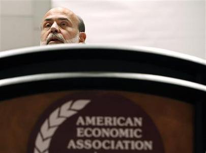 Federal Reserve Chairman Ben Bernanke speaks during a presentation at the American Economic Association in Atlanta, Georgia, January 3, 2010. REUTERS/Tami Chappell
