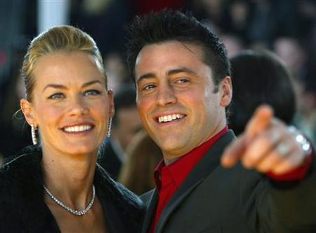 Actor Matt LeBlanc (R) arrives with his wife Melissa at the 31st annual People's Choice Awards in Pasadena, California in this January 9, 2005 file photo. REUTERS/Lucy Nicholson