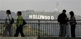 <p>Vista della rinomata collina con l'insegna di Hollywood. Foto d'archivio.REUTERS/Fred Prouser</p>