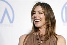 <p>Kathryn Bigelow ieri a Los Angeles per ritirare il premio assegnato dalla Producers Guild of America. REUTERS/Danny Moloshok</p>