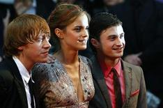 "<p>British actors Rupert Grint (L-R), Emma Watson and Daniel Radcliffe arrive for the world premiere of ""Harry Potter and the Half Blood Prince"" at Leicester Square in London in this July 7, 2009 file photo. REUTERS/Luke MacGregor</p>"