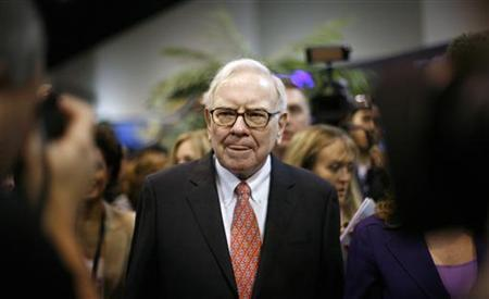 Warren Buffett at the Berkshire Hathaway Annual Shareholders meeting in Omaha, Nebraska, May 2, 2009. REUTERS/Carlos Barria