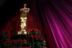 <p>2 febbraio 2010. Statuetta degli Oscar sul palco in occasione dell'annuncio delle candidature. REUTERS/Danny Moloshok</p>