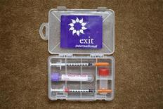 """<p>Philip Nitschke, sostenitore dell'eutanasia, ha messo a punto il """"suicide kit"""". Foto d'archivio. REUTERS/Stefan Wermuth</p>"""