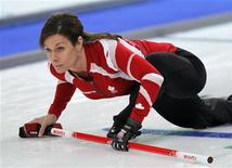 <p>Canada's skip Cheryl Bernard watches her shot during their women's round robin curling game against Germany at the Vancouver 2010 Winter Olympics February 18, 2010. REUTERS/Lyle Stafford</p>