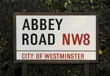 <p>The Abbey Road street sign in north London, February 17, 2010. REUTERS/Jas Lehal</p>