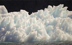 <p>Un iceberg in una foto d'archivio. REUTERS/Bob Strong (GREENLAND ENVIRONMENT TRAVEL)</p>