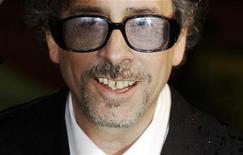 <p>Tim Burton in foto d'archivio. REUTERS/Luke MacGregor</p>