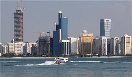 A general view of the Abu Dhabi skyline is seen, December 15, 2009. Abu Dhabi threw its flashy but debt-laden neighbour Dubai a $10 billion lifeline to head off a bond default, cheering Gulf and global markets on Monday but raising questions about the undisclosed terms.REUTERS/Ahmed Jadallah
