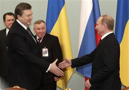 New Ukraine leader soothes Russia, no gas deals