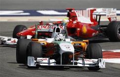 <p>Adrian Sutil oggi durante le prove. REUTERS/Steve Crisp (BAHRAIN - Tags: SPORT MOTOR RACING)</p>