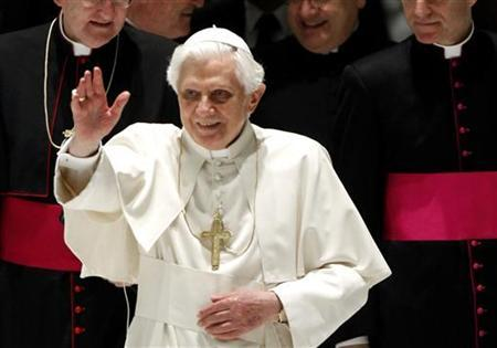 Pope Benedict XVI waves as he arrives to lead his weekly audience in the Paul VI hall at the Vatican March 10, 2010. REUTERS/Alessia Pierdomenico