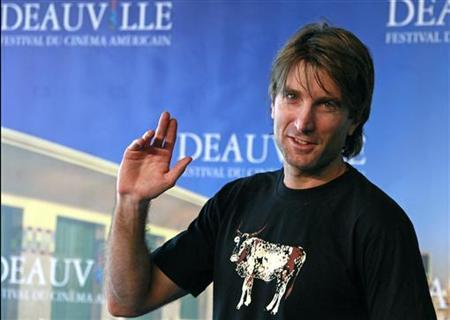 Sharlto Copley poses during a photocall for the film ''District 9'' at the 35th Deauville American film festival in Deauville September 6, 2009. REUTERS/Pascal Rossignol