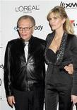 """<p>Тележурналист Ларри Кинг (слева) с женой Шон Саутвик на вечеринке """"Грэмми"""" в Беверли-Хиллз 7 февраля 2010 года. Знаменитый американский тележурналист Ларри Кинг подал на развод со своей уже седьмой по счету женой Шон Саутвик, с которой прожил 13 лет. REUTERS/Fred Prouser</p>"""