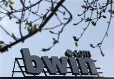 <p>Logo dell'azienda di scommesse online bwin in foto d'archivio. REUTERS/Heinz-Peter Bader</p>