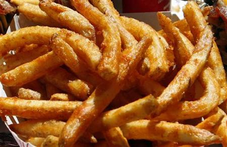 French fries are shown in Hollywood, California October 3, 2007. REUTERS/Lucy Nicholson