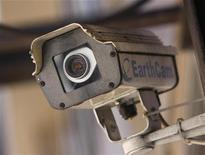 <p>Telecamera a circuito chiuso, foto d'archivio. REUTERS/Joshua Lott</p>